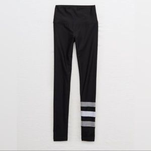 Aerie chill-play-move black and grey leggings